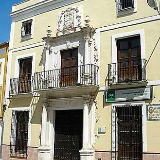Fachada del Conservatorio, casa natal de Juan Valera