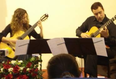 Concierto a cargo del dúo de guitarras GOBEM