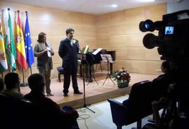 Se inauguran las instalaciones renovadas del Salón de actos que ahora se llamará Sala Pepita Jimenez