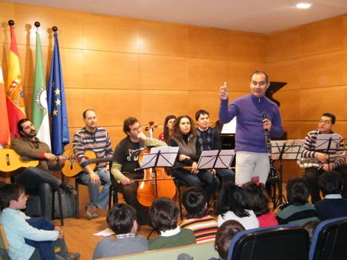 Presentaciones de instrumentos a los colegios de Cabra