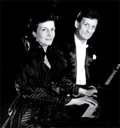 Brillante concierto del Dúo Mihailescu de piano a cuatro manos