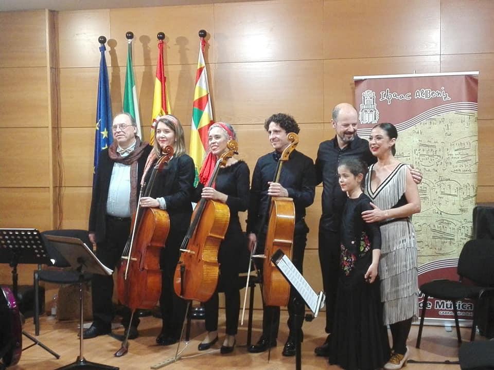 """Concierto conservatorio Cabra disfrutando del cuarteto """"4 cellos"""" y su programa """"El violonchelo viajero"""""""