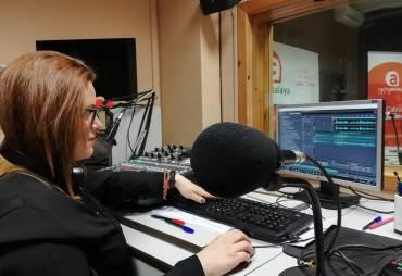 PREPARANDO PROGRAMA DE RADIO