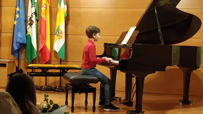 AUDICIÓN DE PIANO 🎹🎼🎶 Profesores Santiago y Primitivo